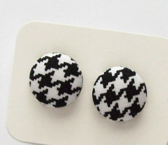 cover button post earrings black and white houndstooth