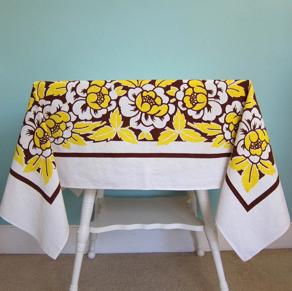Vintage 1950's Tablecloth Floral Brown and Yellow