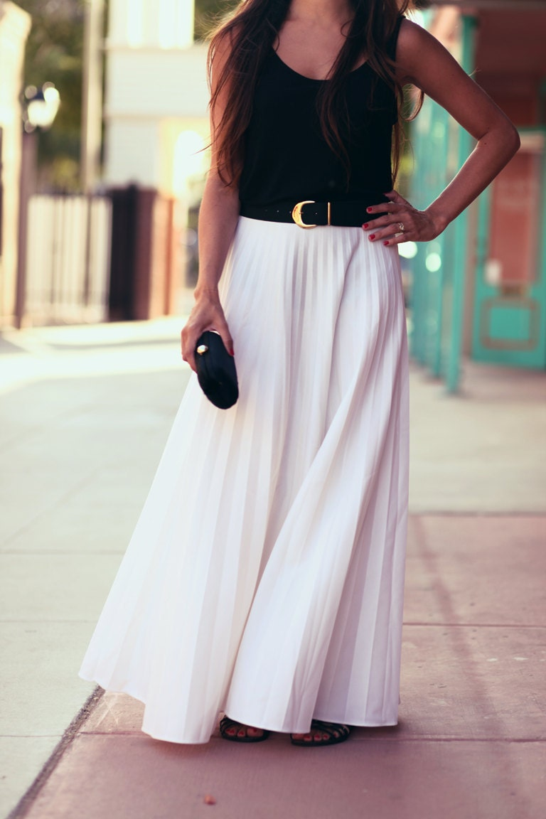ON HOLD White Accordian Pleat Long Floor Length Summer Maxi