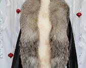 Vintage 80s Black Leather Jacket w/ Fox Fur Collar // Large / X-Large //  FREE U.S. SHIPPING