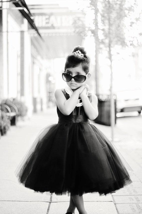 Chloe Dress PDF Pattern Tutorial,  Ebook, Epattern, Sizes 6m-10 included.