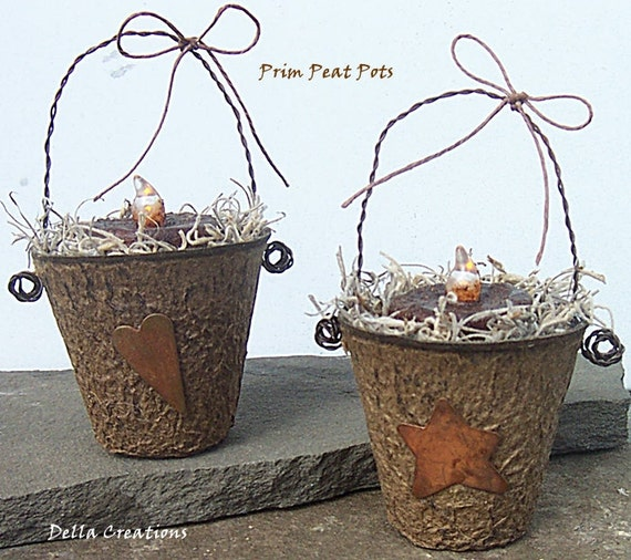 Prim Peat Pots with Grubby Candles & Rusty Tin Heart and Star - Set of 2