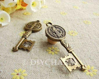 Antique Bronze Lovely Key Charms 19x52mm - 5Pcs - DC23338