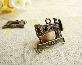 Antique Bronze Singer Sewing Machine Charms 17x20mm - 10Pcs - DC23290