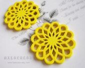 6 PCS - 40mm Pretty Yellow Daisy Wooden Charm/Pendant MH048 08