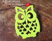 4 PCS - 36x50mm Pretty Apple Green Lucky Owl Wooden Charm/Pendant MH105 07