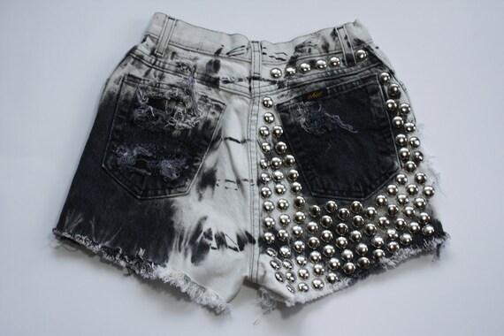 Vintage High waisted studded cut off denim shorts
