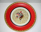 Vintage 50s 60s rooster tray / large round metal serving tray / Mid century BBQ / kitsch kitschy chicken/ mad men home decor