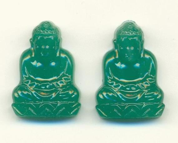 15pcs. 20/15mm Vintage Jade Green Buddha Stone A016