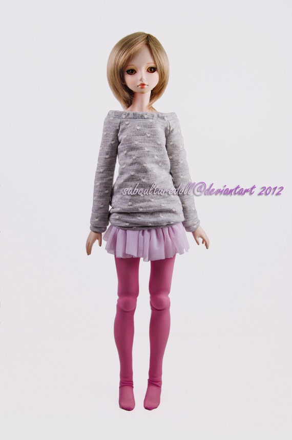 Outfit: Soft Grey with White Dots Sweater, Pale Pink Tulle Skirt, and Pink Stockings, for MSD BJD / Obitsu body (47 cm/18,5 in)