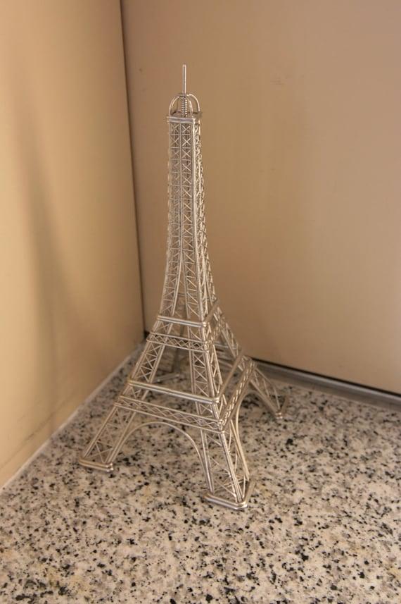 Wire Eiffel Tower