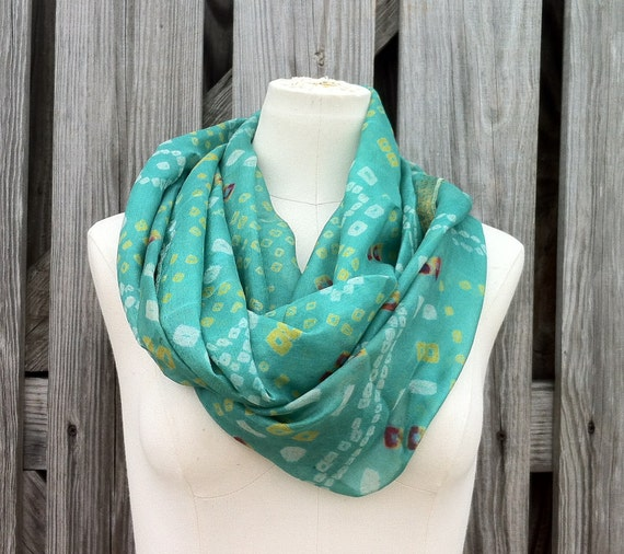 Infinity Scarf Beautiful Upcycled VINTAGE Silk Sari Circle Scarf in Pastel Aqua Sea Green