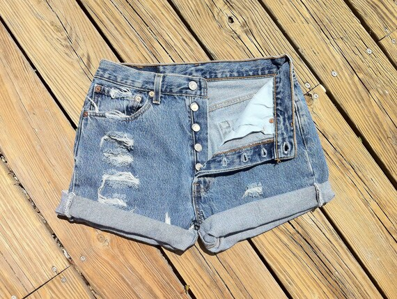 Jean Shorts LEVI'S 501 Button Fly High Waist Distressed Jean Cutoffs Floral Back Pockets Size US 5/6/7