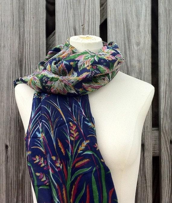 Beautiful Upcycled VINTAGE Silk Sari Scarf in Lovely Print Blue Violet Cobalt
