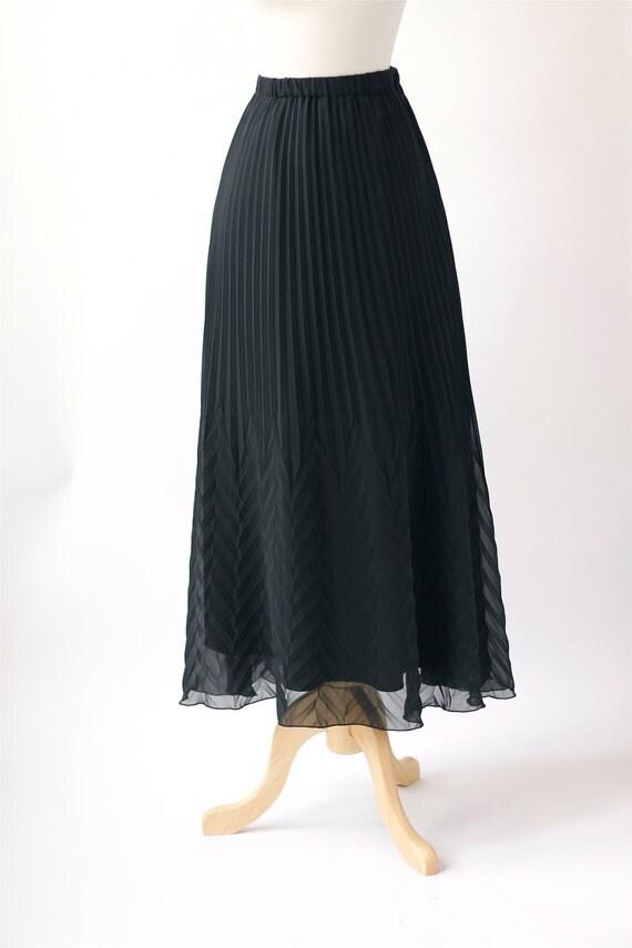 vintage chevron pleated black sheer maxi skirt
