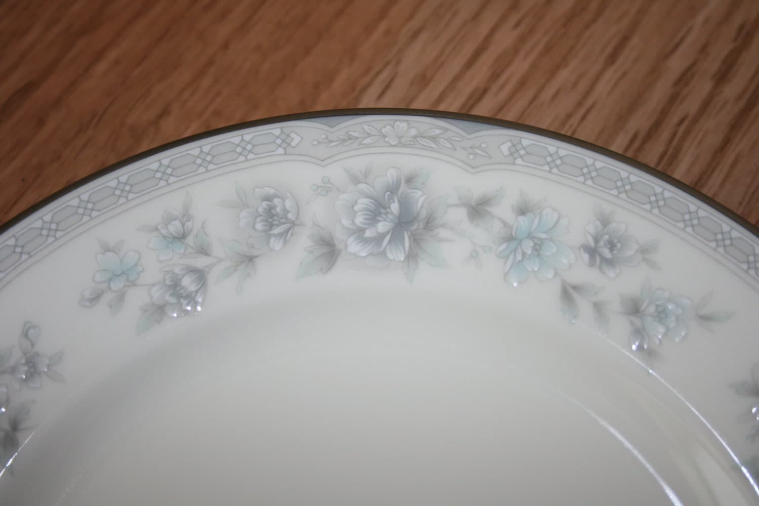 Vintage Noritake Buenavista Pattern Fine China Cups Bread And