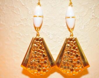 SALE Handmade Vintage Gold Circle Earrings