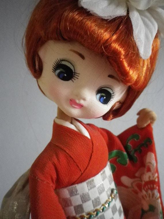 Vintage Asian Japanese Bradley Pose Doll Big Eye Kimono 60s