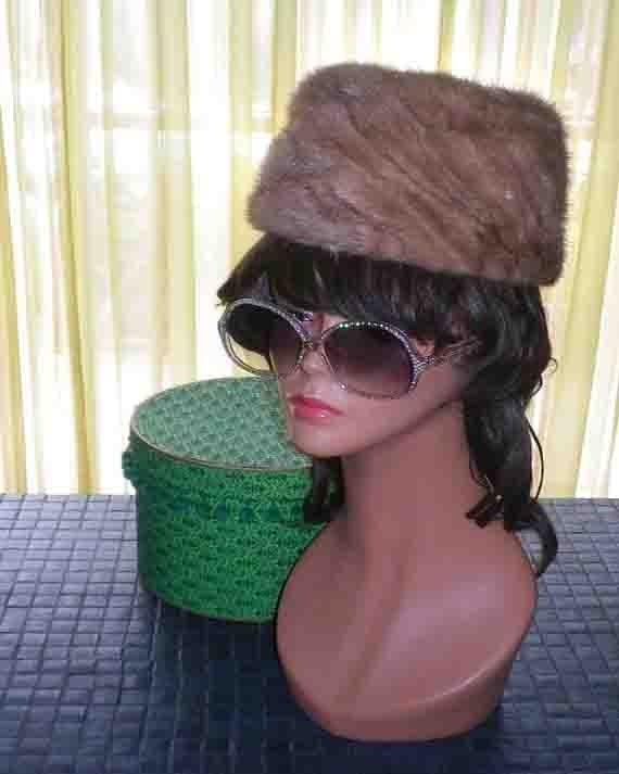 Vintage 1950s 50s Mink Pillbox Hat 1960s 60s Jackie O Mad Men Genuine Fur Hat Fez Style
