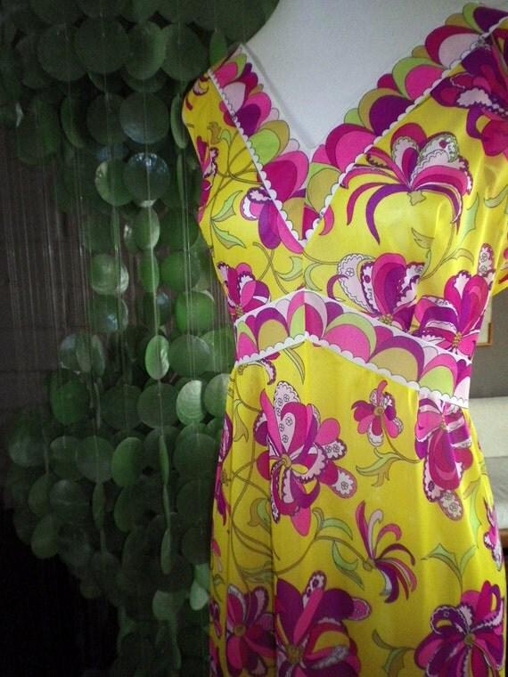 Genuine Emilio Pucci Gown Vintage 60s MOD Yellow Fuschia Paisley Flowers Medium Large MINT condition
