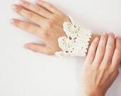 Bracelet - Handmade Jewelery - Crochet Summer Bracelet - Ivory Bracelet