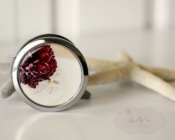 """Photo Mirror Compact- """"Fluffy Cup"""", Deep Red Mum Photograph, 3"""" Double Sided Mirror- Engravable Gift Item"""
