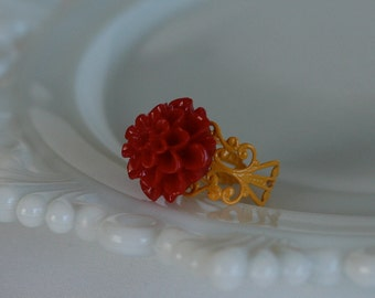 50% OFF SALE Cranberry Mum Filigree Ring -- Saffron
