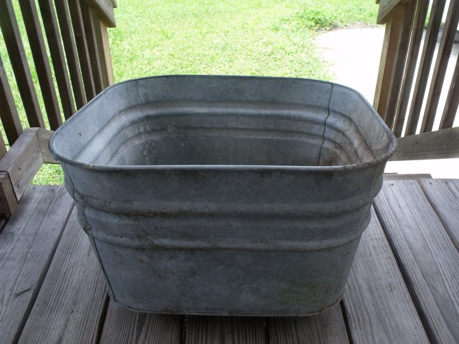 Vintage galvanized steel rub a dub tub wash basin sink for Galvanized tub kitchen sink