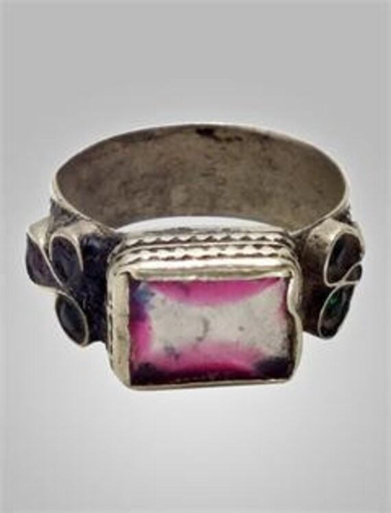 Antique Woman's  Gypsy Ring