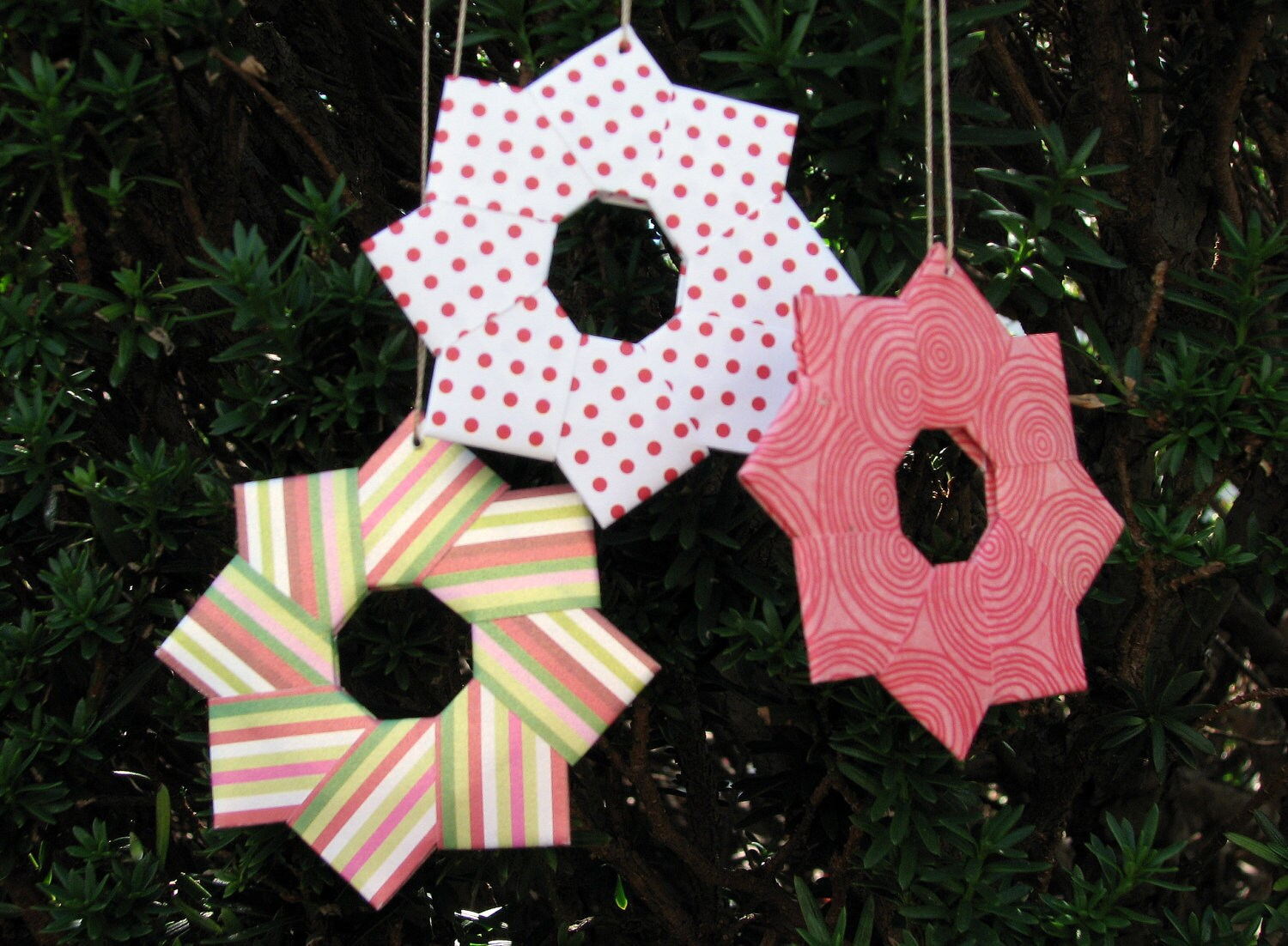 "Origami Wreath Christmas Tree Ornaments - 3"" Set of 6"