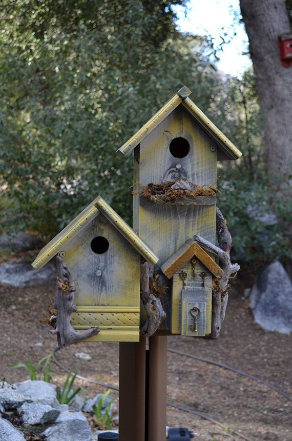 Rustic Birdhouse Condo Country Style Post Mount Garden Bird