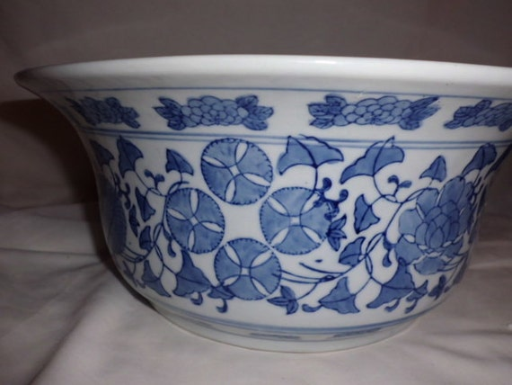 Very Large Ming Blue and White Porcelain Bowl From China With A Variety Of Flowers All Over