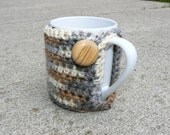 Multi Brown and Grey Mug Cozy with Wooden Button Closure