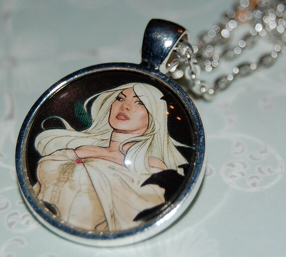 """Emma Frost - Pendant with 24"""" Chain"""
