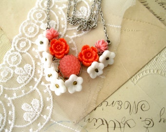 Vintage Flower Necklace Coral and White Floral necklace HEART BEAT Handmade Necklace Free Shipping