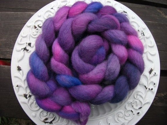 Falkland wool, top (roving) - hand dyed, for spinning and felting - 155 grams / 5.5 oz