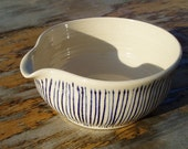 Fabulous retro style pouring bowl
