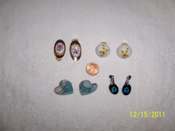 Vintage Jewelry(Lot 12). Medium and Small.