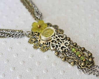 Vintage Green Broken Glass Flower & Locket Necklace