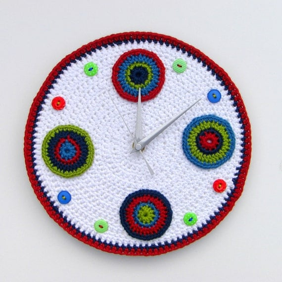 Retro red crochet wall clock with circles and buttons