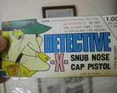 Detective X - snub nose cap pistol. Collectible
