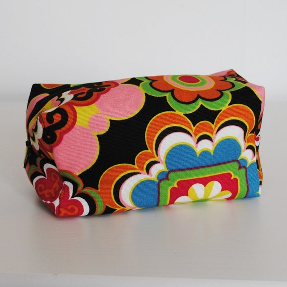 Make up bag, box, Retro flower, Connie. Ready to ship.