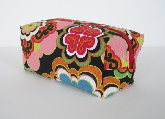 Make up bag, box, cosmetic zippered pouch, retro flower print , Connie. Ready to ship.