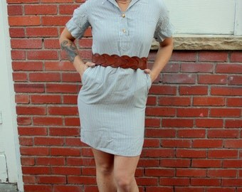1970s grey and white striped shirt shift dress. By Glen of Michigan. Size XS 0 2