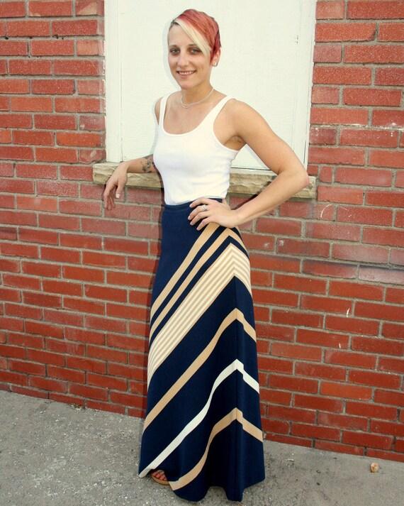 1970s Navy blue striped maxi skirt. By Jantzen. Size small sm 2 4