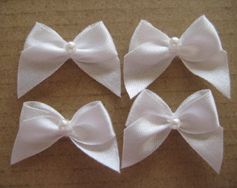 White Satin Ribbon Bow  with Pearl in the center  for Wedding Favors, Crafting, Sewing  - 30 pieces, 1 inch / 25 mm