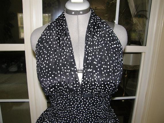 Ladies Dress Marilyn Monroe Halter Style Dress Graphic Spots on Black  AWESOME Small/Medium