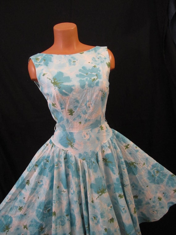 SUMMER BOMBSHELL floral cotton sundress - full circle skirt - aqua blue sz XS S