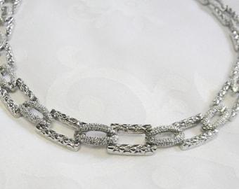 Vintage Textured Silvertone Necklace