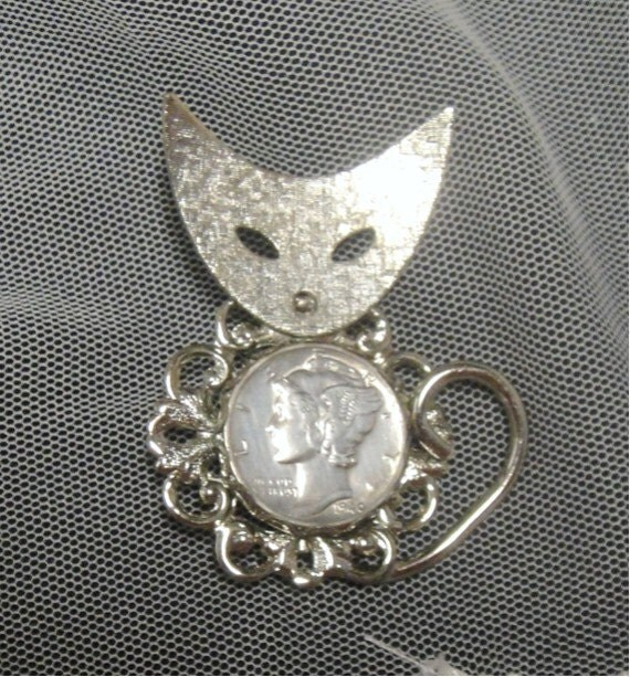 Vintage Cat Brooch - 1940 Mercury Head Dime Cat Brooch